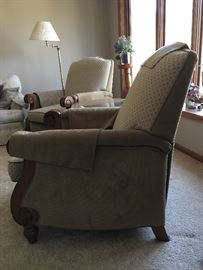 Pair of chairs in great condition. This is a nonsmoking home and pet free. Furniture was well taken care of.