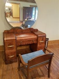 old school desk in great condition antique chair