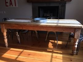 """Gorgeous Dining Table 83-3/4"""" Long x 37-1/4"""" Wide"""