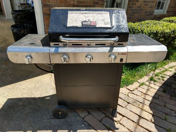CharBroil outdoorpropane grill, model # 463338014.