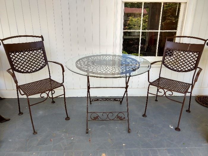 Perfect ice cream wrought iron set, with beveled glass top.
