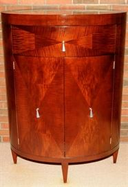 BAKER FURNITURE [LIQUEUR CABINET]