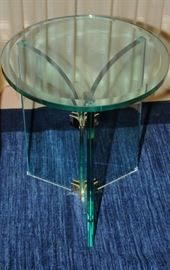 PACE GLASS MODERN TABLE