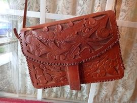 LEATHER TOOLED PURSE WITH FLOWERS