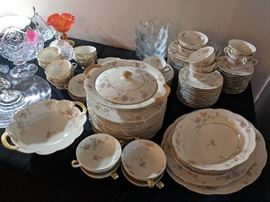 Haviland dish set