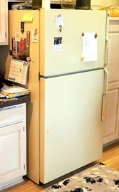 "GE 24.8cf No Frost Refrigerator/Freezer Model TBH25JRE, 67.75""H x 34.5""W x 30.25""D"