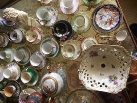 Loads of porcelain