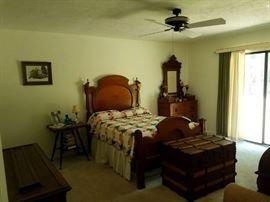 Antique 3/4 Bed.  Antique Quilts