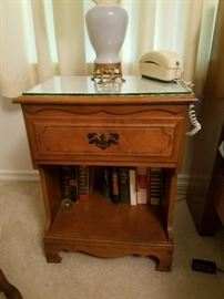 end table for bedrooms