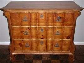 Romweber chest of drawers,  Batesville, Indiana