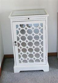 white lacquer liquor cabinet  BUY IT NOW  $ 95.00