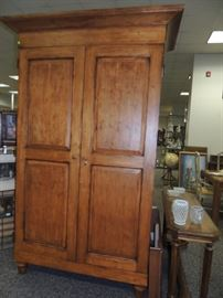 large gun cabinet with lock