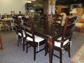 pottery barn table with 6 chairs