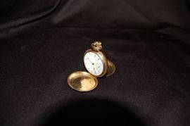 14K Gold Elgin Ladies Pocket Watch