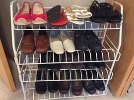 WOMENS SHOES SIZE 7-8