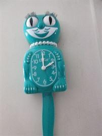 Kitchy clock