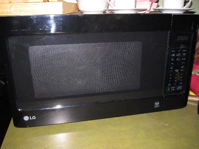 1 year old microwave