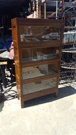 4 tiered book case