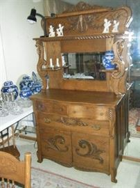 WONDERFUL GOLDEN OAK SIDEBOARD WITH LION'S HEADS THAT'S BEAUTIFULLY REFINISHED ANS READT TO GO