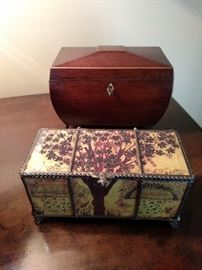 Closed tea caddy and glass box