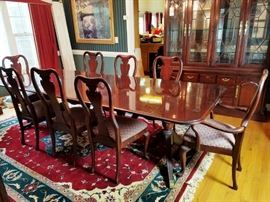 Thomasville Cherry Dining Table w/8 Chairs http://www.ctonlineauctions.com/detail.asp?id=709891