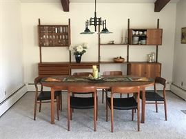Swedish table, Moller Chairs, Royal System by Poul Cadovius