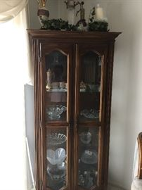 Display cabinet  approx 6 ft tall  31 inch wide and 13 inch depth