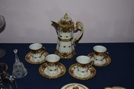 Tea Pot, Cups, & Saucers