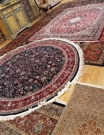 8' round rug  India