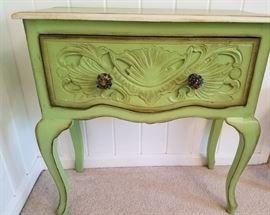 Nadeau green table