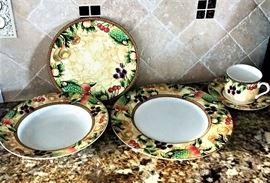40 Piece Bone Porcelain Saint James Catherine Design Dishes