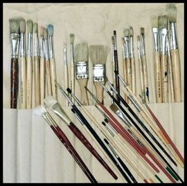 Collection of Artists paint brushes including hake brushes and some Princeton Art and Brush Company.