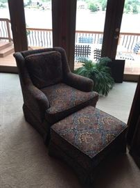 Sherrill Swivel Chair with Ottoman