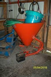 Lawn Seeder / Fertilizer