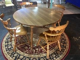 1960's Cute Kitchen Table with 4 Matching Curved back chairs