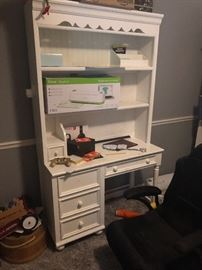 Great desk with shelves
