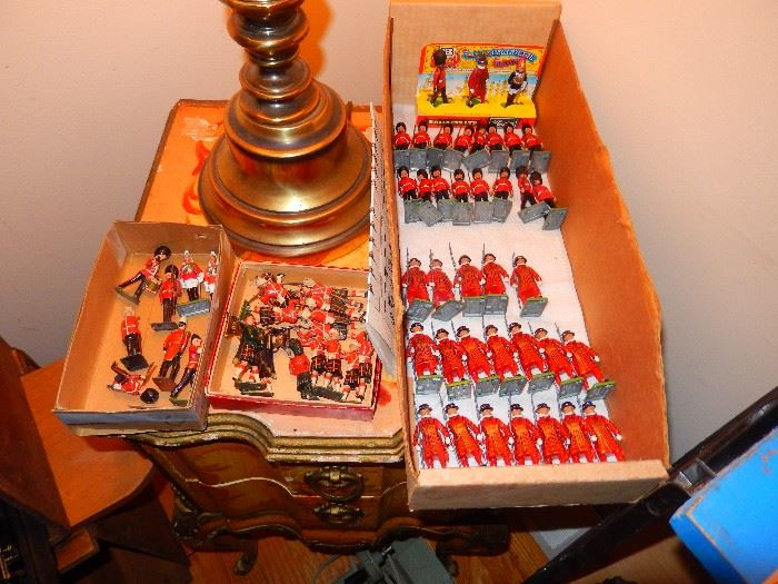 Metal Military Figurines