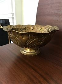 Brass decorative bowl