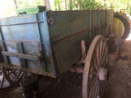 John Deere Buckboard great condition