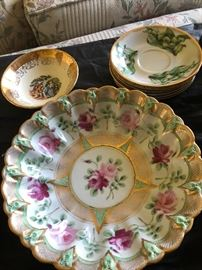 Beautiful hand painted plates, some of the nicest I've seen in a while.