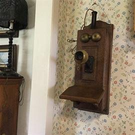 ''U''   Oak Wall Telephone