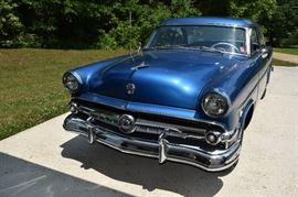 1954 Ford Victoria Crestline 2 Door Hardtop. Runs great, fully operational.