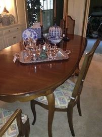 Oval dining table & chairs