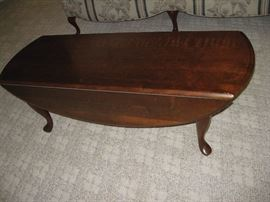 Drop Leaf Broyhill Coffee Table...