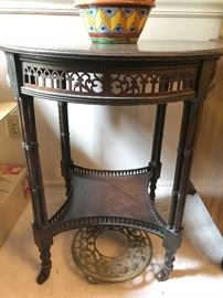 Round table - $150