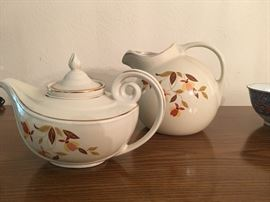 Jewel tea autumn leaf tea pot & pitcher