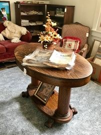 Beautiful Oval Parlor Table with drawer