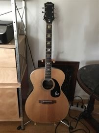 Mid 1970's Epiphone Guitar,Made in Japan Tag is mostly missing inside,Set neck and inlayed name and blocks,Rosewood sides and Back, nice player $375