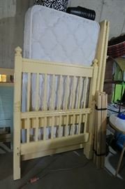 Stickley twin size bed yellow
