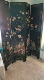 Beautiful Highly Detailed Asian Laquered Screen with Bird and Flower images             https://ctbids.com/#!/description/share/18139